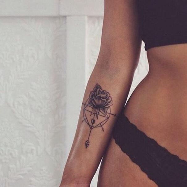подборка женственных татуировок на 2018