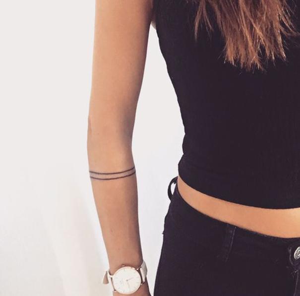 элегантная татуировка на руке