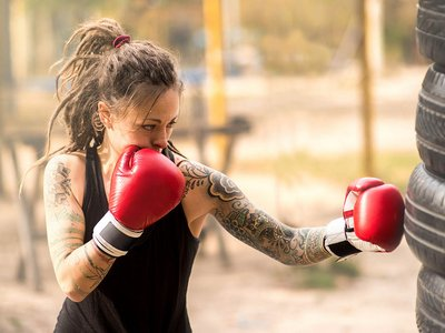 сколько нельзя заниматься спортом после татуировки