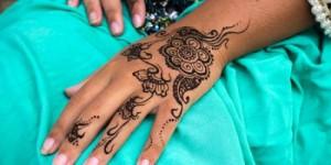 Чем опасны временные татуировки черной хной