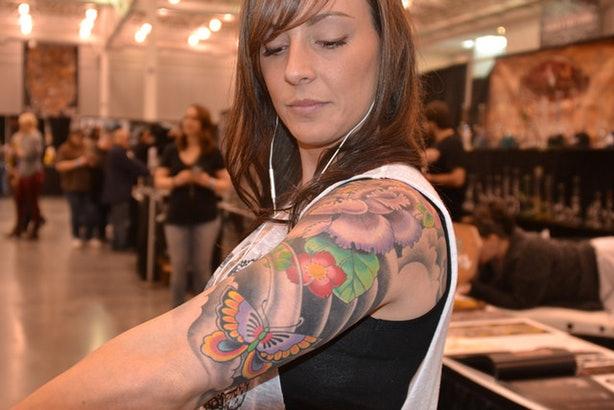 как понять что татуировка зажила фото