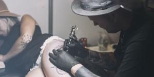 сколько длится сеанс тату