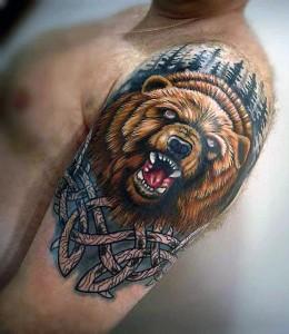татуировка медведь на плече