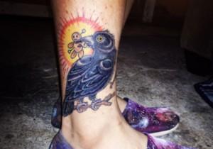 веселая татуировка ворон