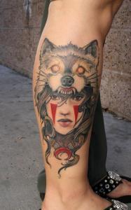 Татуировка на ноге волк