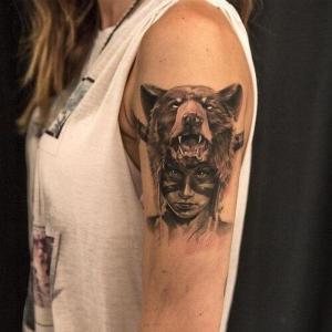 Тату волк женская